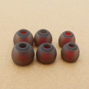 3 Pairs Grey-Red Eartips